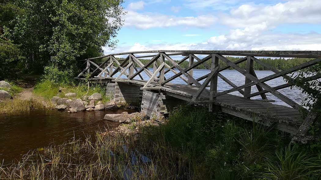 Bron i Kyynäränharju. Bild  Tuula Pohjalainen 21c838c713
