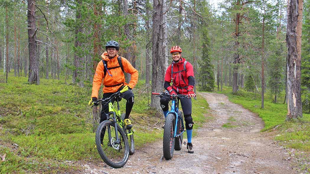 Cyklister i Ylläs området. Bild: Maarit Kyöstilä.